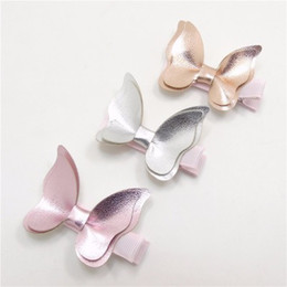 Argentina Pinzas para el cabello para bebés Mariposa PU Correa de cuero para niña Arco Accesorios para el cabello regalos para bebés Moda Hotsale Boutique 2019 por mayor Rosa cheap wholesale pink hair clips Suministro