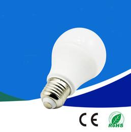 Globo led lâmpada a19 on-line-E27 E26 LED globo lâmpadas regulável A60 A19 3W 5W 7W 9W 12W SMD2835 lâmpada LED natureza quente branco fresco de poupança de energia Lâmpadas