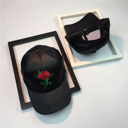 Wholesale China Snapback Caps - Wholesale- women's Baseball Red black handmake rose Snapback Hats Embroidered ROSE Trucker Adjustable Caps For women CHINA style country