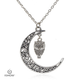 Wholesale Owl Design Necklace - Novel special Chinese cloud design hollow crescent shape couple necklace beautiful owl necklace simple unisex necklace