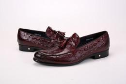 Canada Crocodile Grain noir / marron / vin rouge appartements weddng chaussures en cuir véritable mocassins chaussures hommes chaussures de fête avec gland cheap brown crocodile shoes Offre