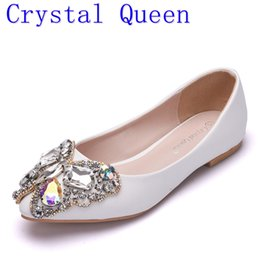 Wholesale Pointed Shoes Flat Bottoms - Crystal Queen Bow Rhinestone Flat Shoes Women Diamond Wedding Shoes Bottom Fashion Pointed Toe Boat Loafers Lady Shoes