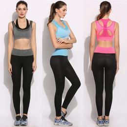 Faux vêtements de sport en Ligne-mode nouvelle arrivée femmes vêtements ensemble Shockproof No Underwire Fake deux pièces occasionnels soutien-gorge de sport et pantalons ensemble vêtements de yoga