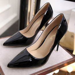 Wholesale american gladiator - wholesaler free shipping factory price hot seller 2017 European and American 10cm nude high-heeled shoes black patent leather shoes 269