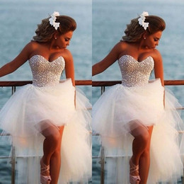 Wholesale Dress Red Short Diamonds - Charming Beach Wedding Dresses Sweetheart Full Pearls Top Diamonds High Low Tulle Bridal Gowns Bohemian Plus Size Wedding Dress
