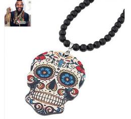 3pcs / lot vente chaude nouvelle atmosphère mode hiphop bande dessinée acrylique perles noires crâne modèle de fleur pendentif collier ? partir de fabricateur