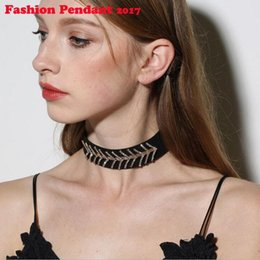 Wholesale Choker Scarf Necklace - 2017 New Luxury Rhinestone Super Flash Fishbone Printing Silk Scarves Tatoo Choker Necklace Collar Crystal Short Chain Necklace