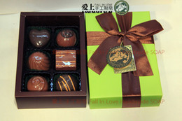 Wholesale Wholesale Fancy Gift Boxes - Six Lattice Handmade Bath Chocolates Scented Toilet Soap Wash Face Washs Hands Fancy Soaps Gift Box High Quality 28wa C