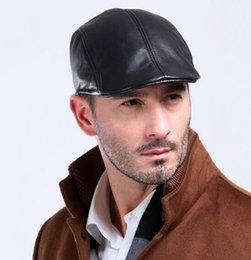 Venda por atacado - Venda Hot Men pele de carneiro Genuine Leather Boina Chapéus Caps Black Warm Gentlemen Inverno Queda Caps de couro Chapéus de alta qualidade de Fornecedores de uniformes de cozinha