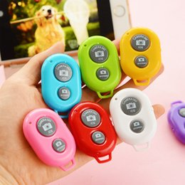 Wholesale Universal Self Timer Camera - Universal Wireless Camera Controller Bluetooth Remote Self-timer Shutter Cellphones Tablet For Samsung Galaxy S4 S5 Note 3 Smartphones