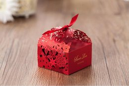 Wholesale Hot Chocolate Favors - Hot Wedding Favors Boxes Candy Box Party Favors Hollow Wedding Candy Box Favor Chocolate Boxes candy bags cake boxes