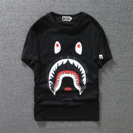 Wholesale Women T Shirt Large - New casual sports street men's shark mouth print short-sleeved men and women loose lovers large size T-shirt