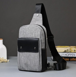 Wholesale Direct Hits - Factory direct sales brand new summer mens canvas bag bag bag fashion leisure sport bike chest clamshell men hit color canvas chest pack