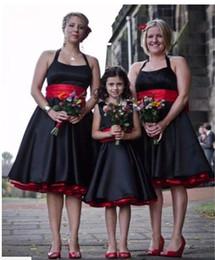 vestidos vermelhos de jantar curto Desconto Vintage Preto E Vermelho Halter Bridesmaids Vestidos De Baile De Comprimento Do Joelho De Cetim Júnior Da Dama De Honra Vestido Backless Wedding Party Dress