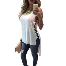 Argentina Al por mayor-2017 del verano del estilo de la camiseta de las mujeres de la manera causal suelta dividir hueca mujeres sólidas cropTops Ladies Girls camiseta Camisas Femininas # 5 cheap loose t shirts for girls Suministro