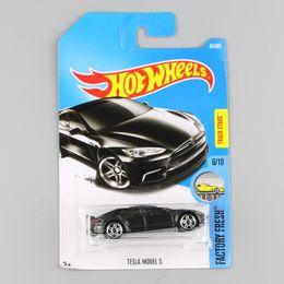 Wholesale Cheap Car Wheels - kids hotwheels metal diecast Factory Fresh race track mini car models toys collectible hot wheels cheap gifts for children C7