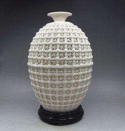 Wholesale Porcelain Basket - Chinese Decorated Handwork Carved Hollowed Basket Dehua Porcelain Vase