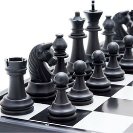 Wholesale Wooden Chess Boards - Wholesale- 7.67'' Mini Wooden Chess Set Pieces Wood with Board Storage Box Kids Gift Educational Toys Gift Educational Toys Kids Gift wood