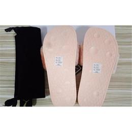 Wholesale Home Slipper Men - RIHANNA FUR LEADCAT FENTY SLIDES MEN SLIPPERS House Winter Slipper Home Shoes Mens Warm Slippers Chinelo