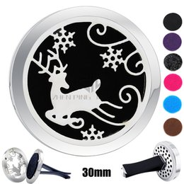 Wholesale White Christmas Deers - Round Silver Christmas Deer (30mm) Magnet Diffuser Car aromatherapy Lockets Free Pads Essential Oil 316 Stainless Steel Car Air Fresher