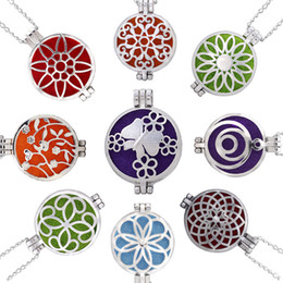 Wholesale Necklace Flowers - Silver-Tone Flower-Shape Perfume Locket Essential Oil Diffuser Necklace Aromatherapy Pendant Necklaces 70cm Free Chain 16 Styles