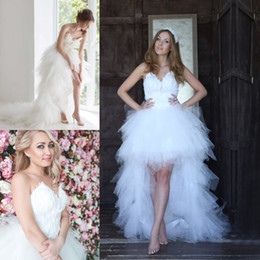 Wholesale Low Back White Feather Dress - 2017 Boho High Low Feather Wedding Dresses Strapless Neck A-Line Lace-up Back Tulle Tiered Bridal Gowns