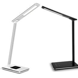 lampe de bureau chargeur usb Promotion Nouveau LED Lampe de bureau Lampe de table pliante pour les yeux 4Light Couleur Température livre lumière avec chargeur de bureau sans fil USB Charge