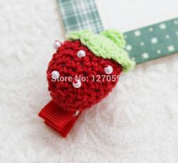 crochet de frutas Desconto Lã Handmade Vermelho Morango Mão-crocheted Meninas Jacaré Pinch Clipe Forma de Frutas Clipes Hot Red Cor Lado Bonito Da Menina Grampo de Cabelo