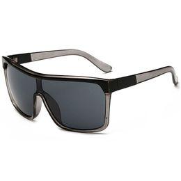 Wholesale Sunglases Men - Sunglasses For Men Women Fashion Womens Sunglases Mens Luxury Sun Glasses Ladies Sunglass Woman Retro Oversized Designer Sunglasses 8C0J2