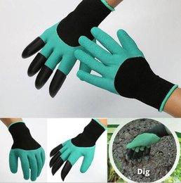 Wholesale 2017 Garden Genie Gloves with Fingertips Claws Easy to Dig Plant Safe Garden Gloves Rubber Glovers