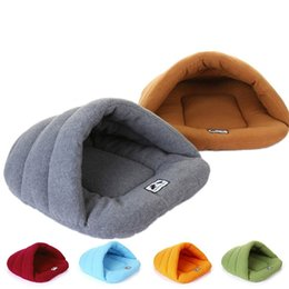 Wholesale Pet Sleeping Bags - Free Shipping High Quality Lovely Pet Blanket Bed Comfortable Coral Fleece Dog Puppy Cat Beds Mat Warm Sleeping Bag 122602