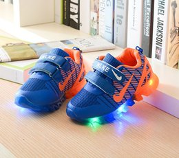 Wholesale Child Sport Fashion Shoes Wholesale - Spring Kids Light up shoes Net Breathable Boys Fashion Sneakers Chaussure Led Enfant Sport Running Boy Girls Children Shoes DHL FREE