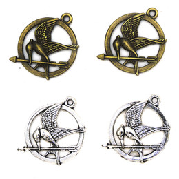 Wholesale hunger games pendant - 200pcs 25MM diy jewelry Accessories bronze silver color alloy The Hunger Games Mocking birds charms pendant for necklace CH0178