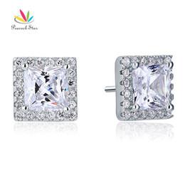 Arete de pavo real online-Peacock Star 2 quilates princesa creado diamante Halo Stud sólido 925 pendientes de plata esterlina joyería CFE8071