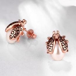 mariquita de oro Rebajas Moda Nueva Popular Popular Rose Gold Cute Ladybug Pearl Ear Studs Pendientes Mujeres Joyería de moda Regalo del Día de San Valentín Para Mujeres Niñas