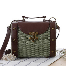 Wholesale Baroque Phone - outlet brand package box fashion retro Baroque hand rivet leather woman straw collocation Beach Bag Shoulder Messenger summer straw bag