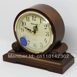 Wholesale Antique Wooden Tables - Wholesale-Wellington High Quality Wooden European Antique style Super Mute Quartz Clock Desktop Clock Bed Room Parlour Table Clock