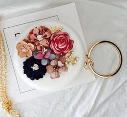 Elegante e delicato fiore stereoscopico donna mano borsa moda set coclea rotonda mano che regge i pacchetti Club banchetto sposa sposa borsa a mano da