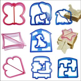 Wholesale Toast Baking Mold - Sandwich Bread Cutter Dinosaur Dog Butterfly Star Shaped Mold Baking Cake Bread Toast Mould Maker Cake Tools OOA2331