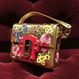 Wholesale Pocket Plant - New Sicilian plants, flowers, color printing oblique shoulder bag, Sicily, small lock, small package, leather, gold
