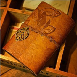 Wholesale New Sketchbook Stationery Agenda Vintage Diary Notebook Writing Pockets Book Leaf Leather Cover Loose Blank Travel Journal Christmasi Gift
