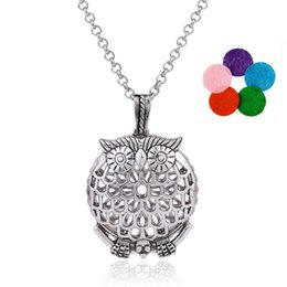 Wholesale Animal Owl Bird Elephant Aromatherapy Essential Oil Jewelry Hollow Locket With Mixed Color Purfume Film Diffuser Statement Necklace