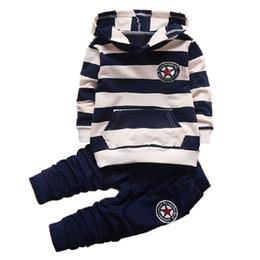 Kleinkindmädchen hoodie passt online-Neue Baby Jungen / Mädchen Kleidung Sets Gestreiften Sport Anzug Set Mode Kind Hoodies + Hosenanzug Set Kleinkind Gestreiften Trainingsanzug Kleidung