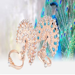 Wholesale iphone peacock - Peacock Luxury Shining Bling Diamond 360 Degree Finger Ring Buckle Folding Stand Holder for Tablet PC Mobile Phone
