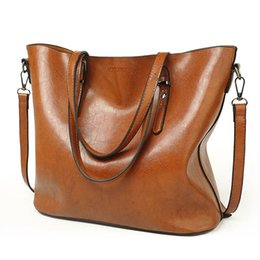 Wholesale European Style Coffee - Women Shoulder Bags 2017 Fashion Women Handbags Oil Wax Leather Large Capacity Tote Bag Casual Pu Leather Messenger bag