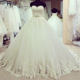 Wholesale E Lace Wedding Dresses - Vintage Wedding Dress Vestidos De Noiva Simples E Barato 2017 Sweetheart Ball Gown Wedding Dresses with Lace Apppliques