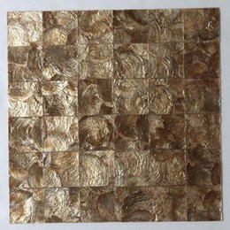 [ENVÍO GRATIS] Teja de concha Capiz 100% natural, 50 mm x 50 mm mosaico de concha de nácar, color dorado, patrón cuadrado # L073 desde fabricantes