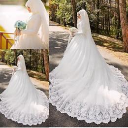 Wholesale Trail Wedding - Vestido De Noiva Robe De Mariage Arabic Muslim Luxury Beautiful Long Trail Long Sleeves Wedding Dress 2017