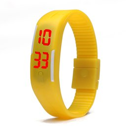 Montres tactiles bon marché en Ligne-Mode hommes garçons écran tactile led montre sport rectangle étudiants silicone caoutchouc bracelets montres numériques gros montre pas cher