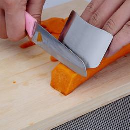 Cuchillo de dedo cortado online-Protector de dedos Anti Cut Acero inoxidable Hand Guard Shield Diseño Cuchillo Cutting Fingers Protect Práctica herramienta de cocina 1 4xc F R